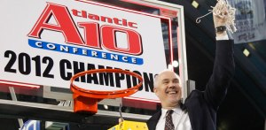Mark Schmidt in 2012 after the Bonnies beat Xavier to win the A-10 Championship