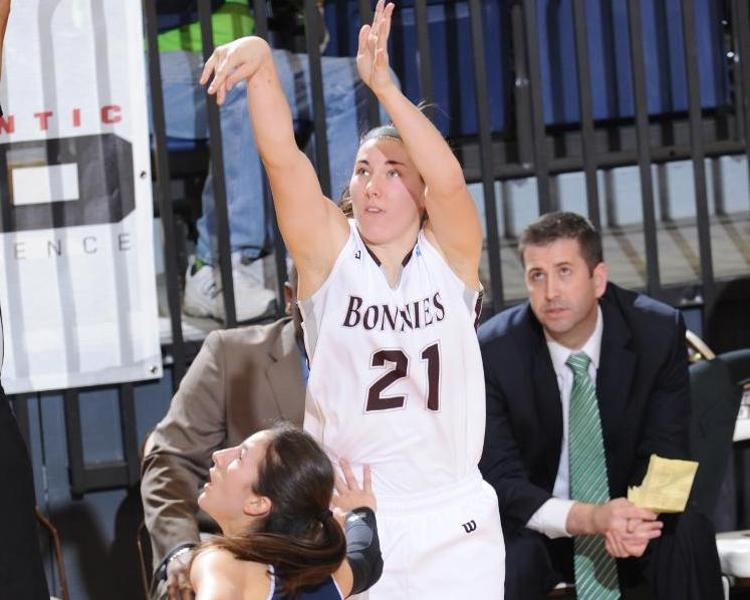 Women's basketball: Bonnies visit Wildcats in pivotal road test