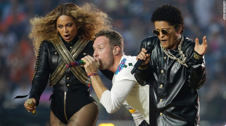 Halftime show veterans outshine Coldplay
