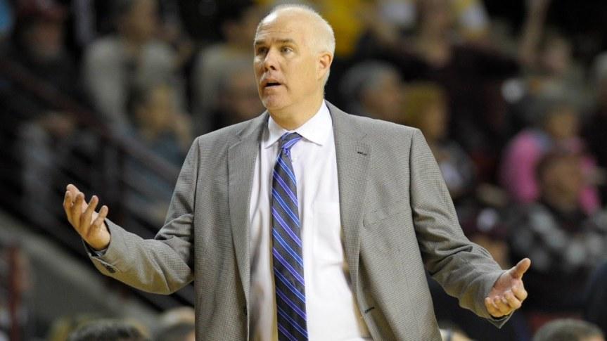 Men's basketball: Bonnies must fix troubling communicationissues