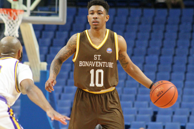 Men's basketball: Bonnies top Niagara in Big 4 Classic