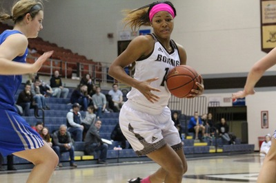 Women's basketball: Kemph, Billiken offense dominate in win over Bonnies