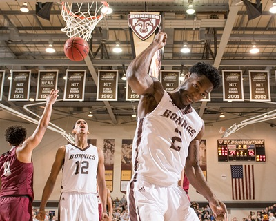 Men's basketball: Bonnies survive with contentious road win over Hawks