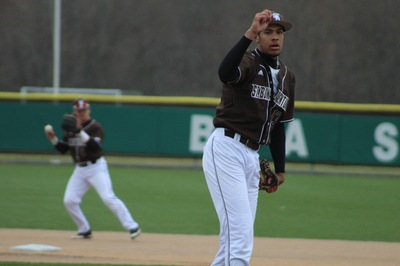 Baseball: Bonnies blast Flyers in A-10 opener