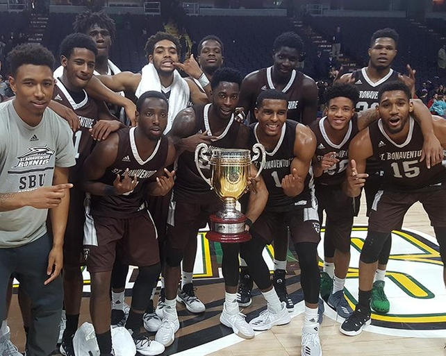 Bonnies Capture Franciscan Cup With 75-55 Win Over Siena
