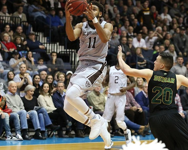 Mobley's Buzzer Beater Pushes Bonnies Past Vermont 81-79