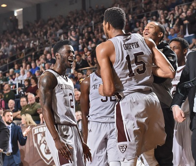 Bonnies Survive Against Davidson in Triple Overtime Thriller, 117-113