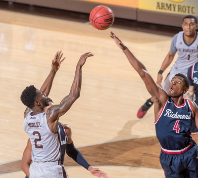 Bonnies survive scare against Spiders