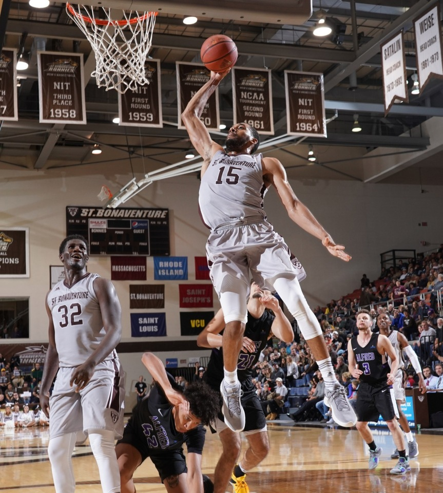 Griffin brings experience and versatility to young Bonnies team