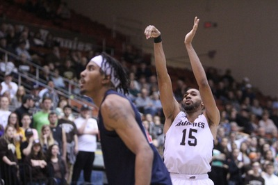 Bonnies defense leads the way to fifth straight win