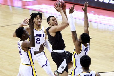 COLUMN: Bona's loss to SEC foe LSU draws comparisons to 2018 NCAA defeat
